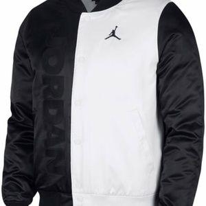 NIKE Air Jordan Legacy Retro 11 Black White Satin